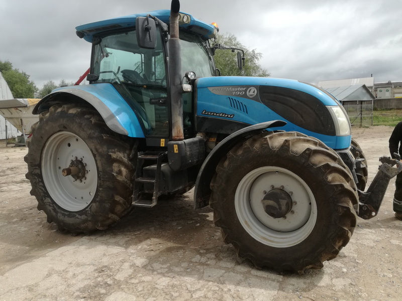 Traktorius Landini