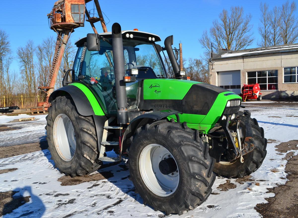 Traktorius Deutz-Fahr M625