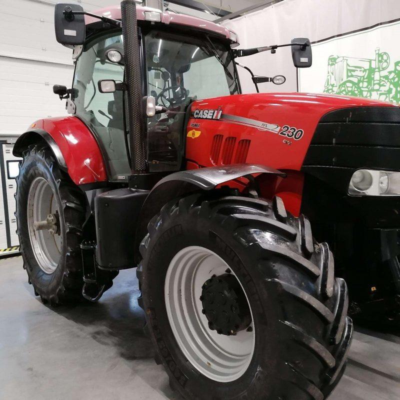 case-puma-230-cvx-traktoriai (3)