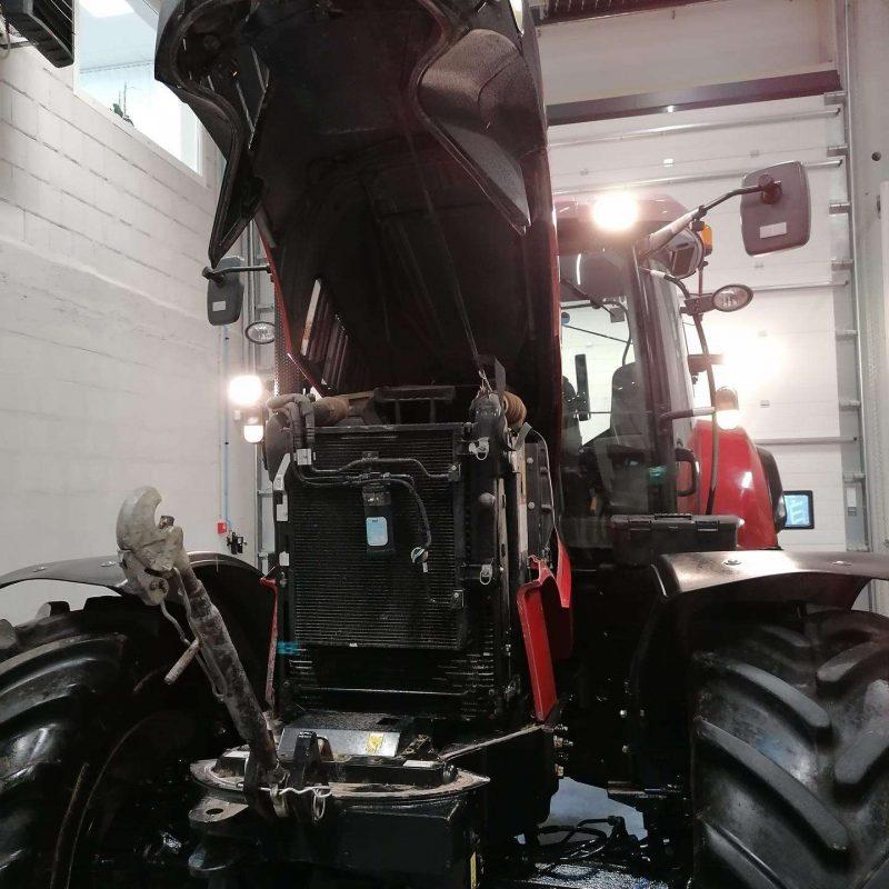 case-puma-230-cvx-traktoriai (6)